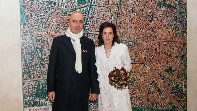 Foto aerea di Bologna sfondo per coppia di sposi