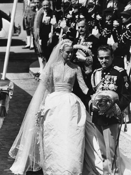 Grace Kelly in abito da sposa