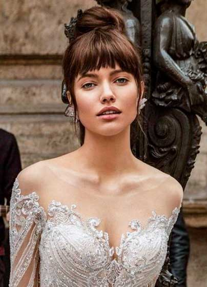 Sposa con tipica forma di viso a cuore